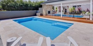 How to choose the shape of your backyard swimming pool